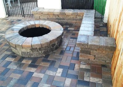 Tulsa Outdoor Fire Pit Courtyard