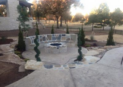 Tulsa Outdoor Sitting Area Fire Pit