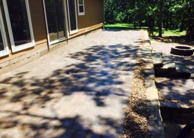 Raised Patio Pavers & Wall