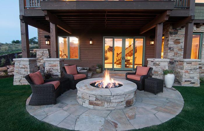 Fire Pit and Covered Patio